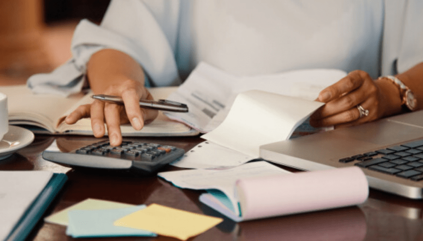 5 practical steps to manage your finances during and after a crisis